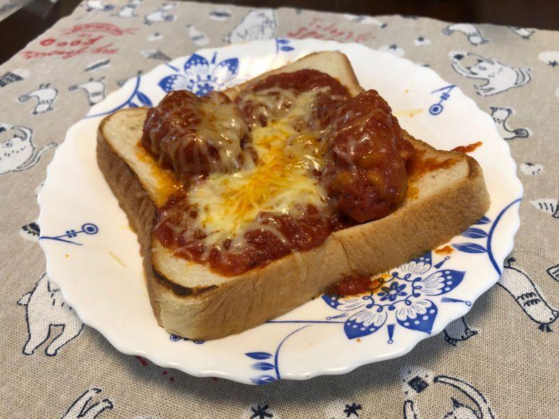ピザ風トマト煮込み